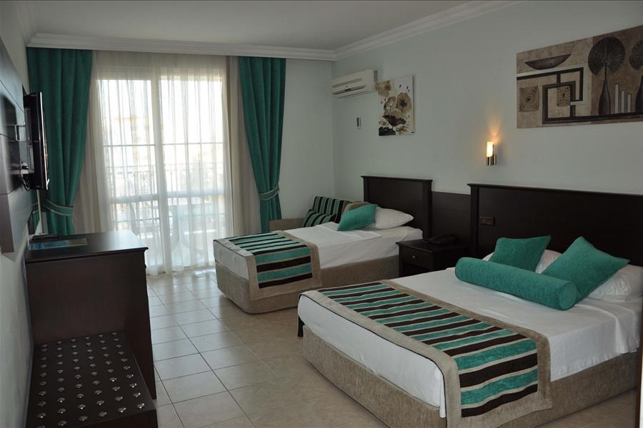 Kleopatra Royal Palm 4*