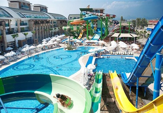 Crystal Waterworld Resort - Belek
